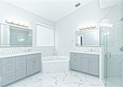 Example of an interior bathroom photograph
